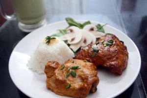 2015-honey-sriracha-chicken 049